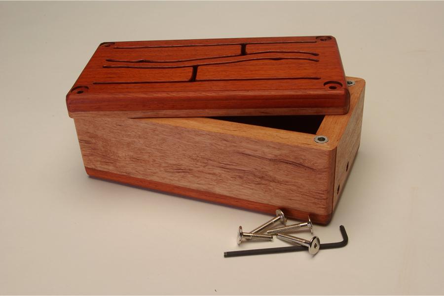 Figure 5. Interchangeable soundboard experiment